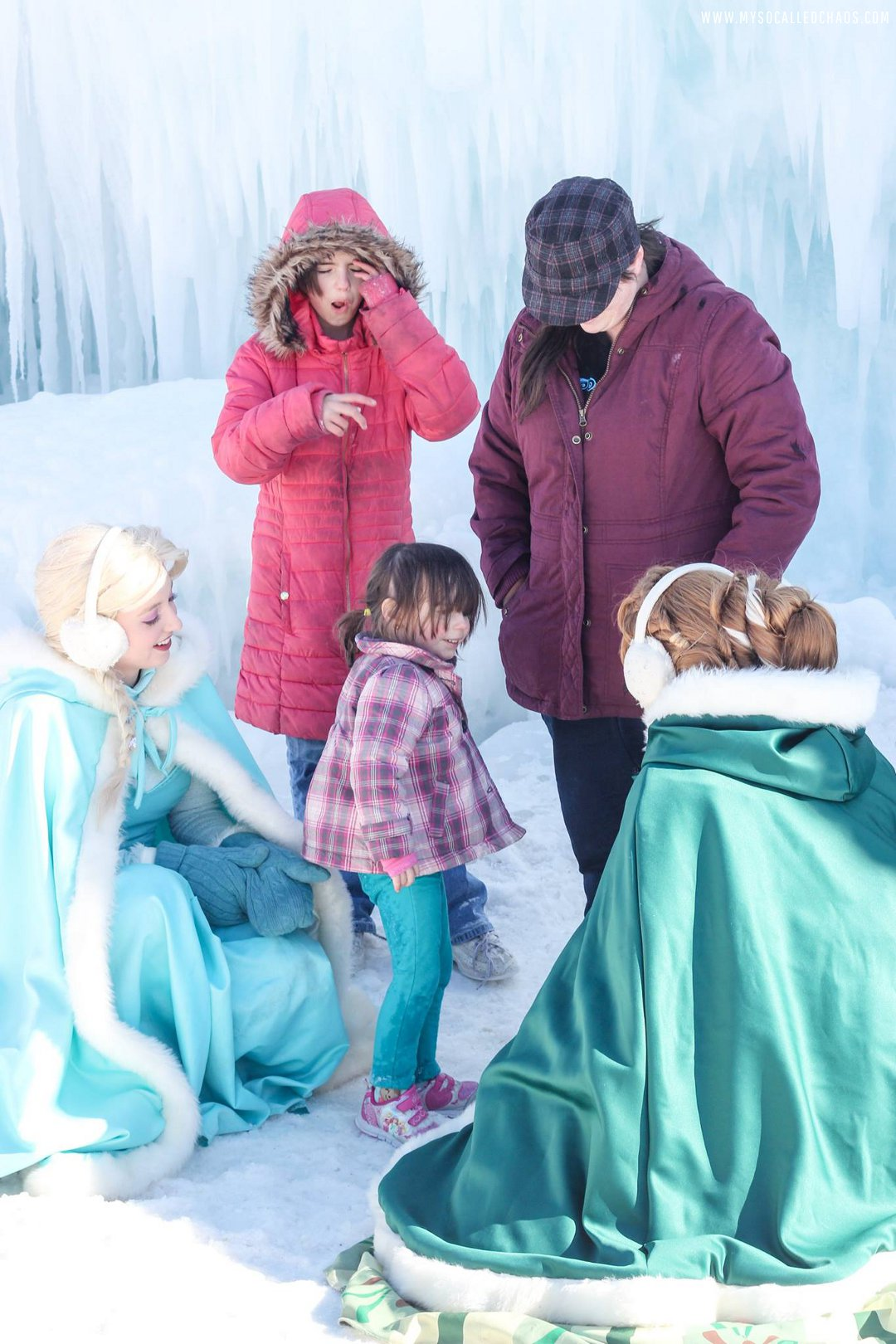 Meeting Anna and Elsa at the Ice Castles in Midway, Utah
