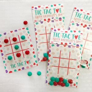 Printable Valentine's Day Tic-Tac-Toe Card