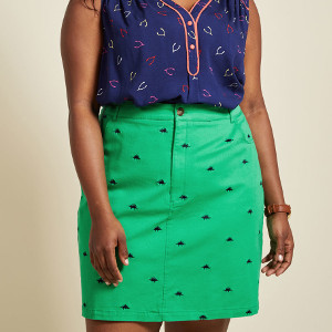 Legendary Lifestyle Pencil Skirt in Green