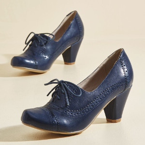Rhythm and Views Oxford Heel