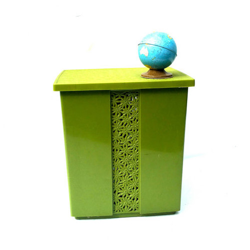 Vintage Retro Green Clothes Hamper