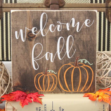 Welcome Fall Wooden Sign