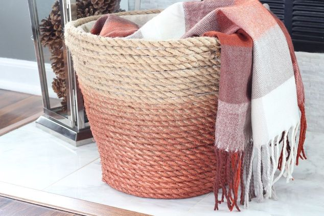 25 Easy Fall DIY Projects: DIY Dollar Store Rope Basket from HomeTalk
