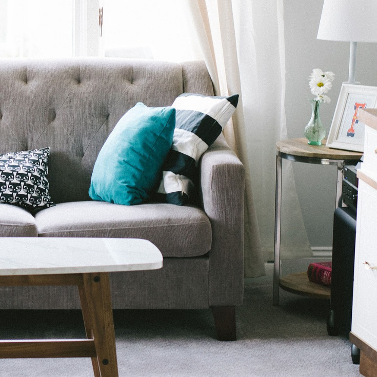 How to Improve Your Living Room's Feng Shui