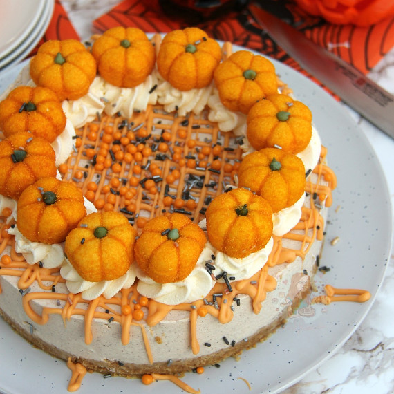 No Bake Pumpkin Spice Cheesecake
