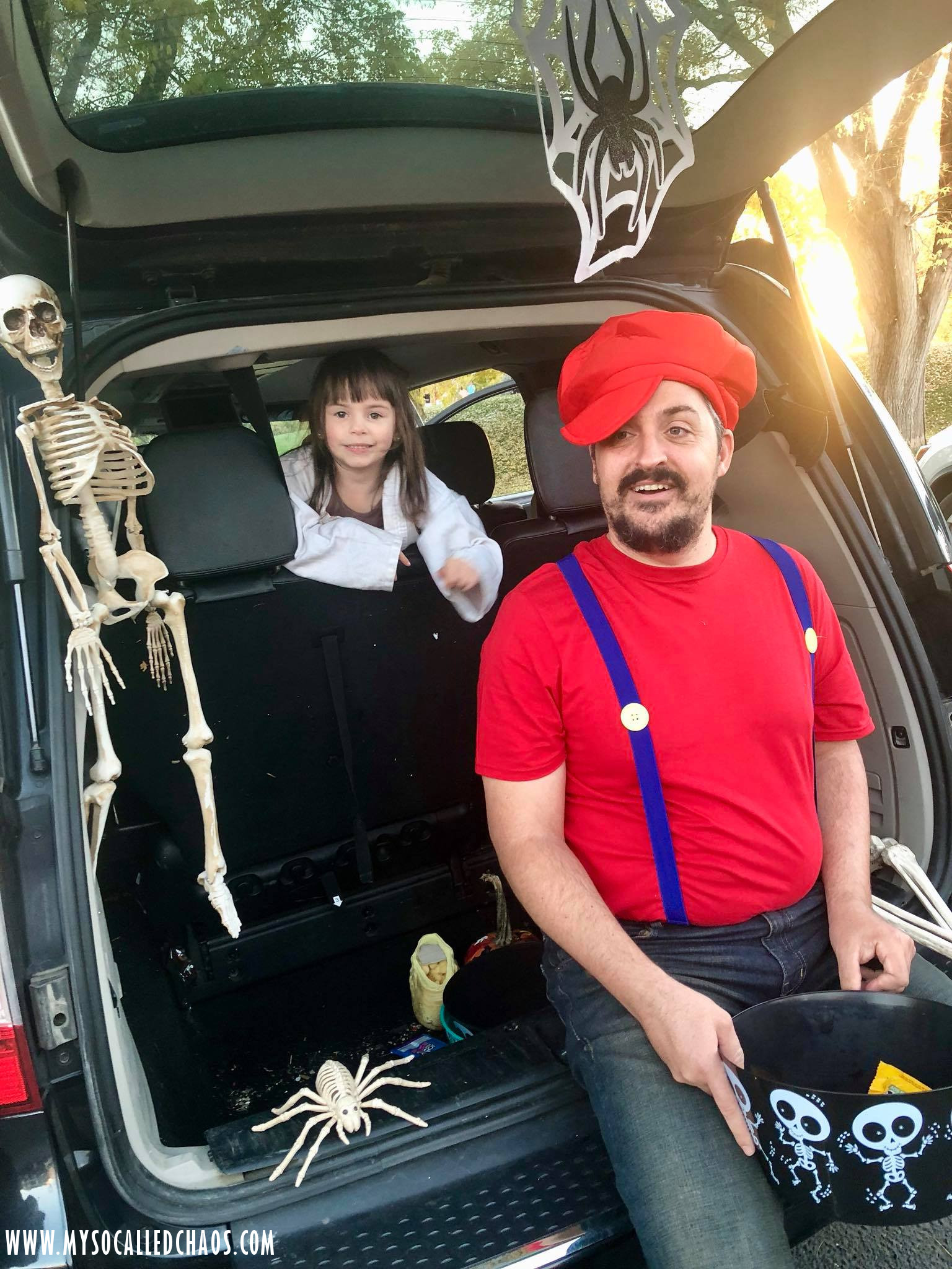 C and Kat at AOU Trunk or Treat 2017