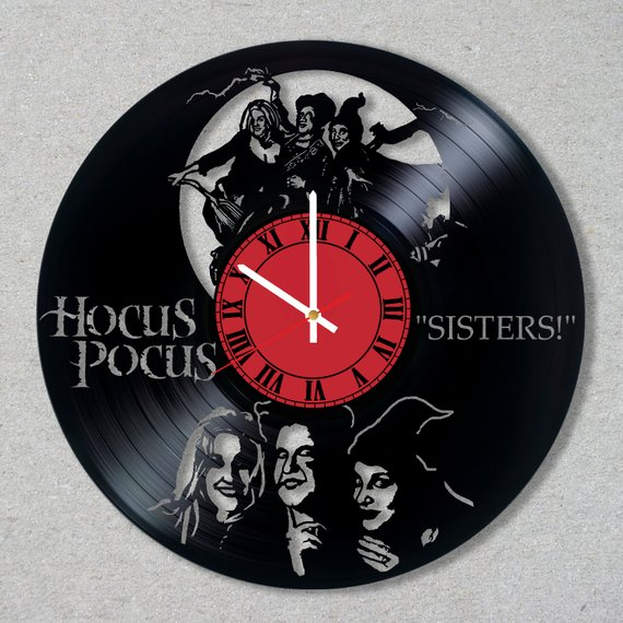 An amazing Hocus Pocus inspired clock cut out of an old record from the shop IRMART Gifts