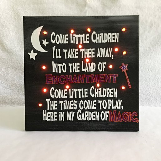A light up canvas featuring the lyrics to the song Sarah sings in Hocus Pocus to lure children to the Witches' house. Art by JG2 Handmade Holidays