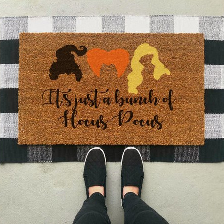 This fun Hocus Pocus inspired doormat is perfect for fall, and features the hair of the Sanderson sisters